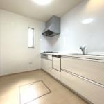 ■食器洗い乾燥機と浄水器付きの独立型キッチン!