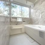 ■浴室乾燥機付きのシステムバス♪