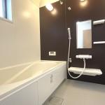 ■浴室換気乾燥機付き、広々1坪タイプ!