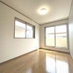 ■明るい洋室は子供部屋に最適!